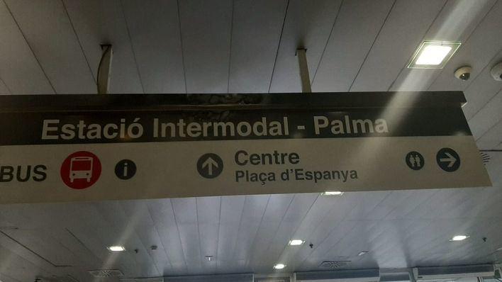 Herido un vigilante de seguridad al intentar apagar un incendio en la estación Intermodal de Palma