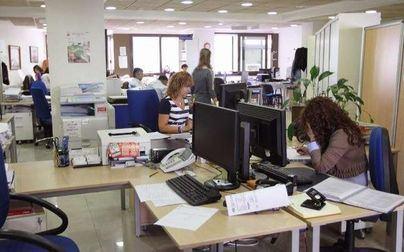 El 66,2 por ciento de encuestados, a favor de congelar el sueldo de los funcionarios del Govern