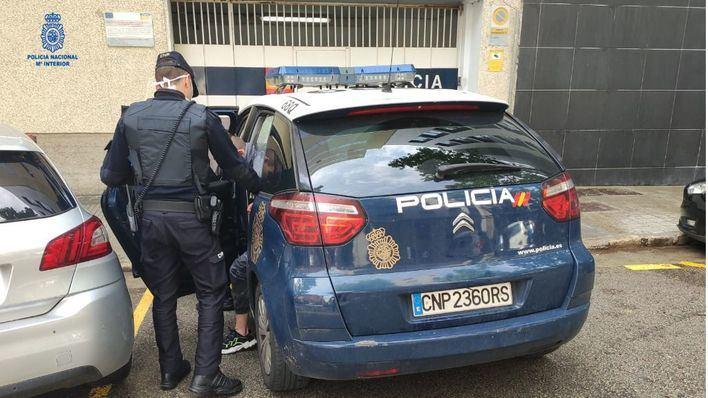 Tres intrusos agreden a un hombre en Palma tras asaltar su vivienda