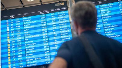 Alemania estudia sustituir los test a pasajeros recién llegados por periodos de cuarentena