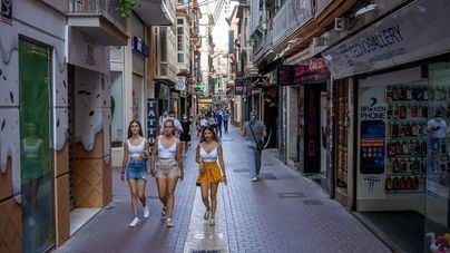 El comercio se descalabra: Baleares lidera el desplome en ventas y empleo