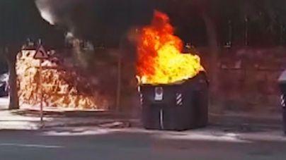 Nueva quema de contenedores en Ciutadella