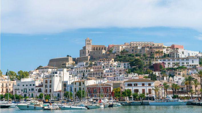 Detenidos tras okupar el piso de una pareja de Ibiza cuando se fueron de vacaciones