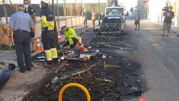 Una nueva quema de contenedores calcina un vehículo aparcado en El Molinar