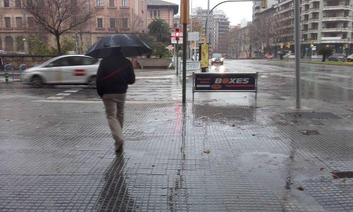Chubascos acompañados de tormenta y granizo en Baleares