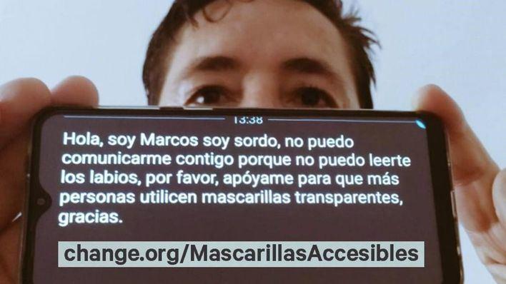Un hombre sordo reúne 70.000 firmas para la homologación de las mascarillas transparentes