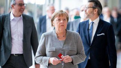 Merkel advierte a Rusia por el envenenamiento de Navalni con Novichok