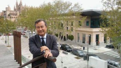 Gual de Torrella ya es oficialmente expresidente de la Autoritat Portuària