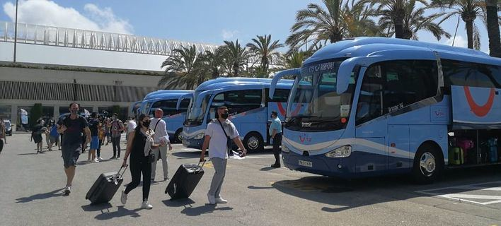 España recuperará el turismo anterior a la COVID a finales de 2021 o principios de 2022, según la OMT