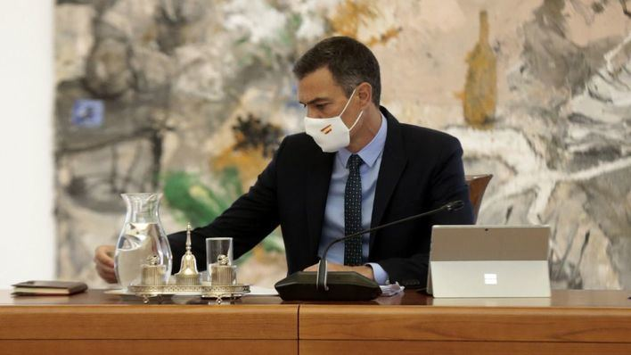 Sánchez pide a las CC.AA que no cierren colegios sin consultar con Sanidad para no extender contagios
