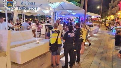 58 denuncias en Ibiza este fin de semana por no respetar las normas de seguridad del covid 19