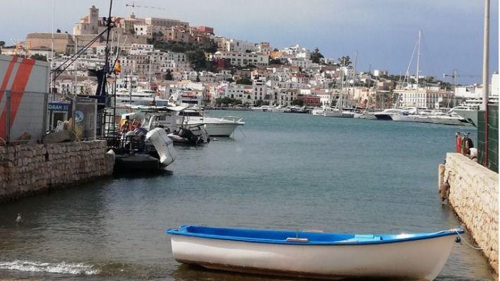 Salvamento Marítimo rescata a una decena de migrantes llegados en patera a Formentera