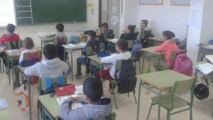 El STEI pide 500 profesores más para la enseñanza pública y 150 para la concertada
