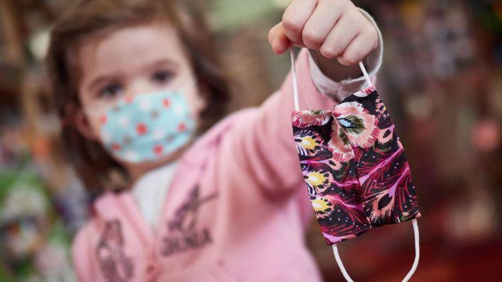 Mascarilla: las familias españolas gastarán entre 36 y 324 euros al año por cada hijo