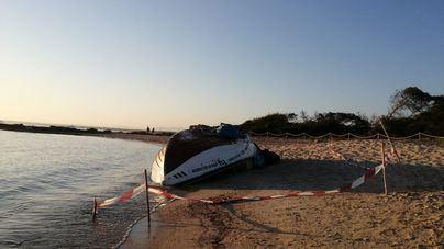 La Guardia Civil intercepta una patera con 13 migrantes a bordo en aguas de Cabrera