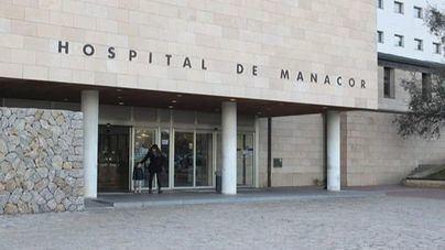Ingresa en el Hospital de Manacor una joven tras sufrir una reacción alérgica en Cala Varques