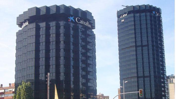 La anunciada fusión entre CaixaBank y Bankia creará un gigante con cerca de 6.500 oficinas en toda España