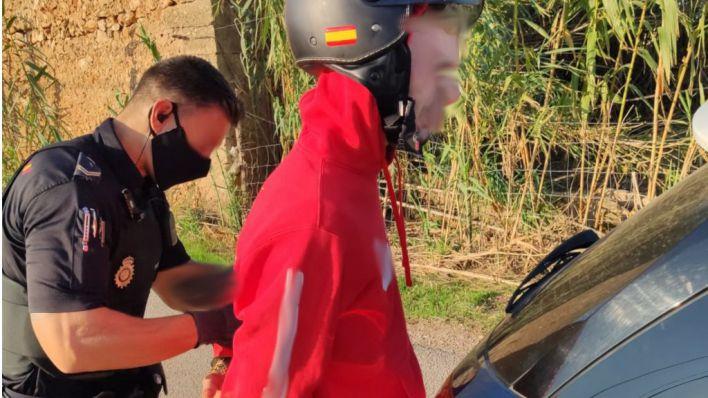 Detenidos dos tironeros tras una huida desde calle Aragón hasta Son Ferriol
