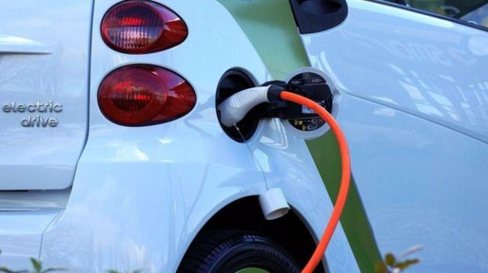 Ayudas de hasta 5.500 euros para la compra de coches electricos en Baleares