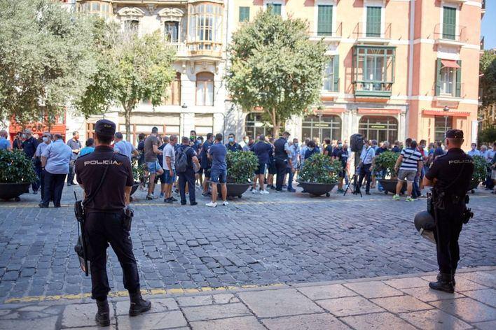 Palma afronta el tercer día de huelga de autobuses con la negociación bloqueada