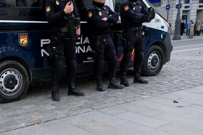 Detenidos en Palma por 18 robos de herramientas guardadas en furgonetas