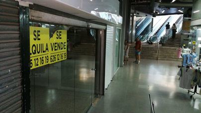Los comerciantes apuestan por combinar gastronomía, tiendas y artesanía en las galerías de la Plaça Major