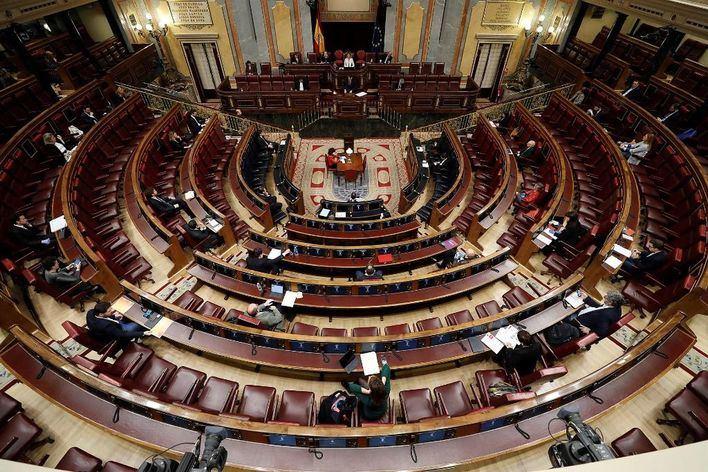 El CIS sitúa al PSOE con un 31 por ciento de apoyos frente al 18 del PP