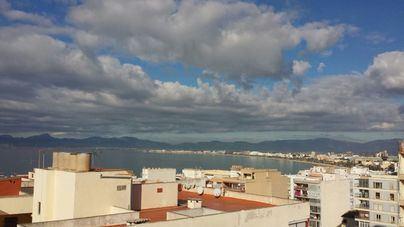 Cielos nubosos con probabilidad de lluvias en Baleares