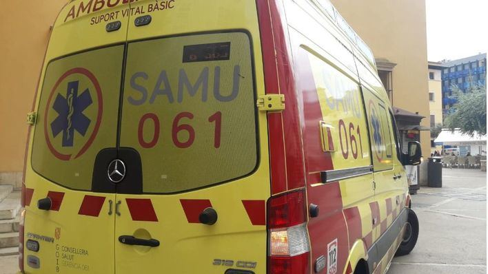 Un paciente ebrio agrede a un técnico de emergencias