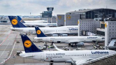Lufthansa valora ofrecer test rápidos de coronavirus a los pasajeros antes del despegue