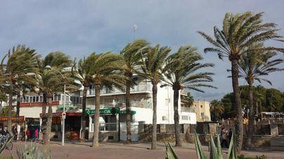 Vientos de hasta 80 kilómetros por hora y posibilidad de tormentas en Baleares