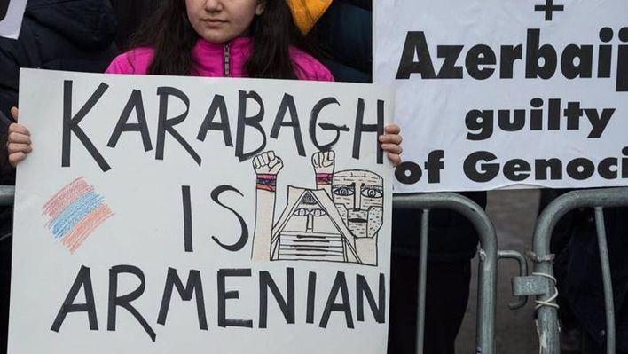 Vuelve la guerra entre Armenia y Azerbaiyán por Nagorno Karabaj