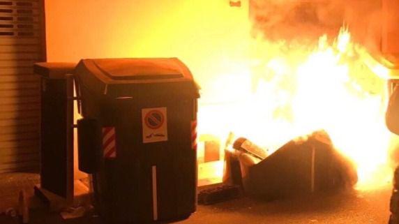 Se entrega a la Policía el pirómano de contenedores reincidente de Menorca