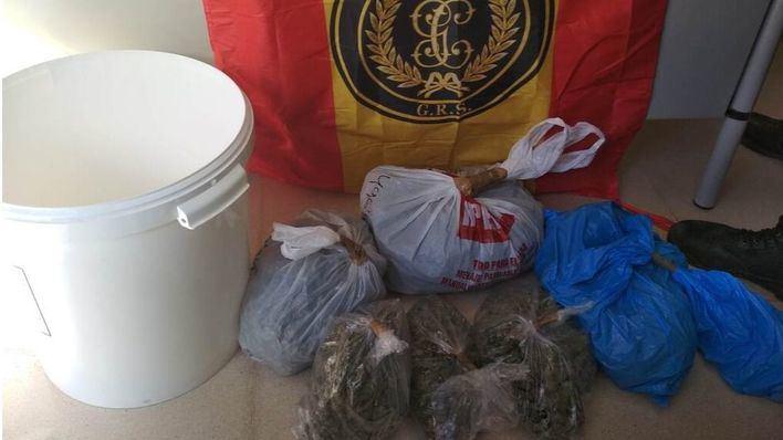 Detenido en Inca con un kilo y medio de marihuana que llevaba oculto en un bote de pintura