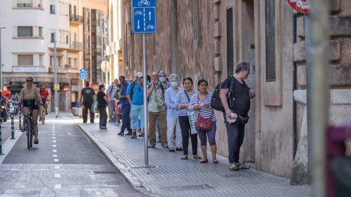 Vox pedirá en el Parlament un plan urgente para comedores sociales