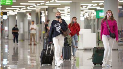 Los aeropuertos de Baleares operan 1.347 vuelos durante el puente del Pilar