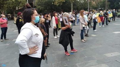 Concentración en Palma en protesta por la muerte de 'Venus', la perra fallecida en Son Reus