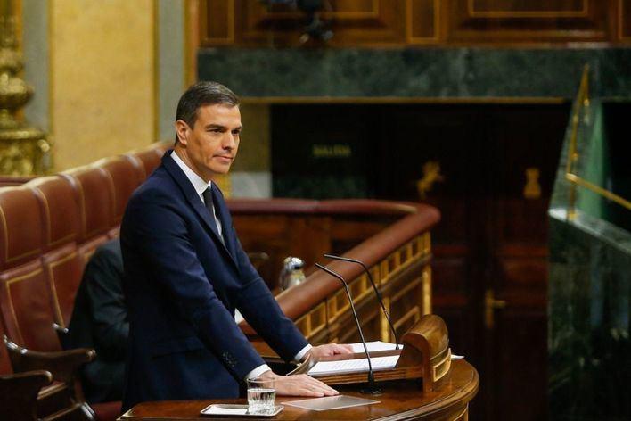 Cruce de acusaciones entre Sánchez y Casado por la reforma del Poder Judicial