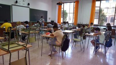 Un centenar de alumnos y seis docentes dan positivo en la última semana en Baleares