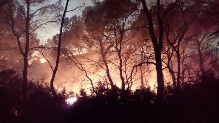 Dos incendios simultáneos movilizan a los operativos en la localidad ibicenca de Sant Josep