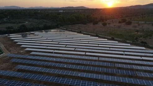 Endesa construye para Protur Hotels el mayor proyecto fotovoltaico del sector hotelero