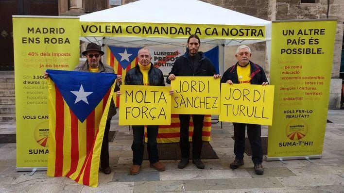 Los independentistas denuncian una trama 'española' para llenar de militares las policías locales de part forana