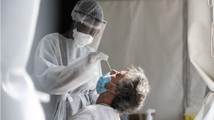 Cerca de 6.600 nuevos contagios positivos en España durante la última jornada