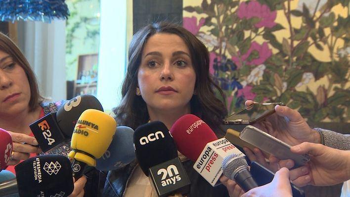 Inés Arrimadas: 'Estamos devastados por la muerte de un amigo leal y un hombre de Estado'
