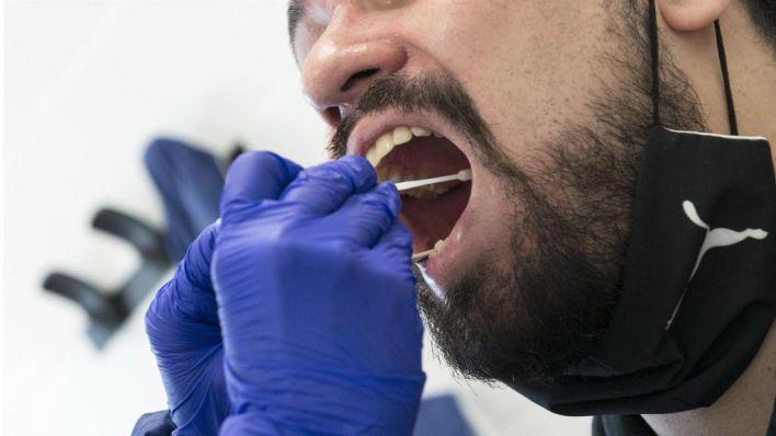 España supera los 11,5 millones de pruebas PCR desde el inicio de la pandemia