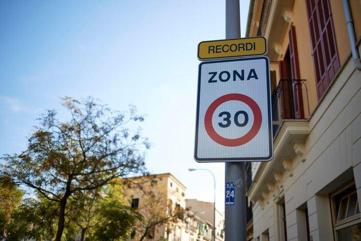 Palma obliga desde hoy a circular a 30: ventajas e inconvenientes