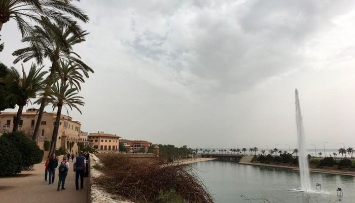Precipitaciones débiles y polvo en suspensión en Baleares