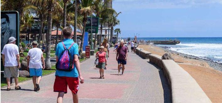El regreso de británicos y alemanes supone 24 millones diarios para Canarias