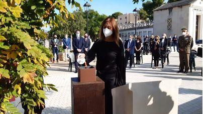 Cort celebra un acto en honor de las víctimas de la Covid 19