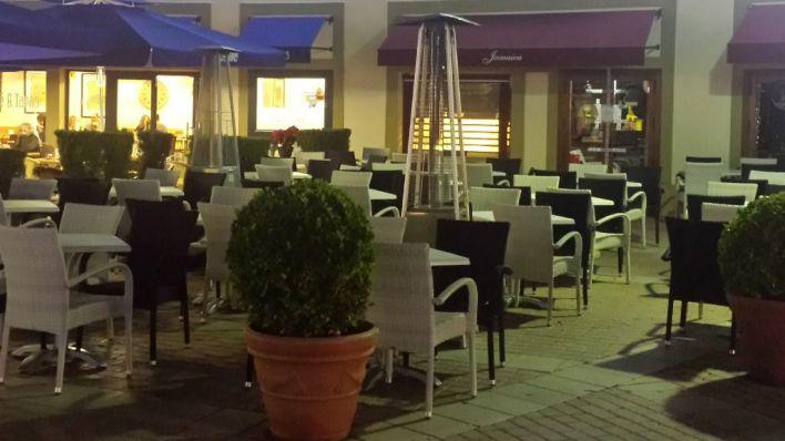 Los restauradores de Mallorca piden retrasar el toque de queda a las 12 de la noche